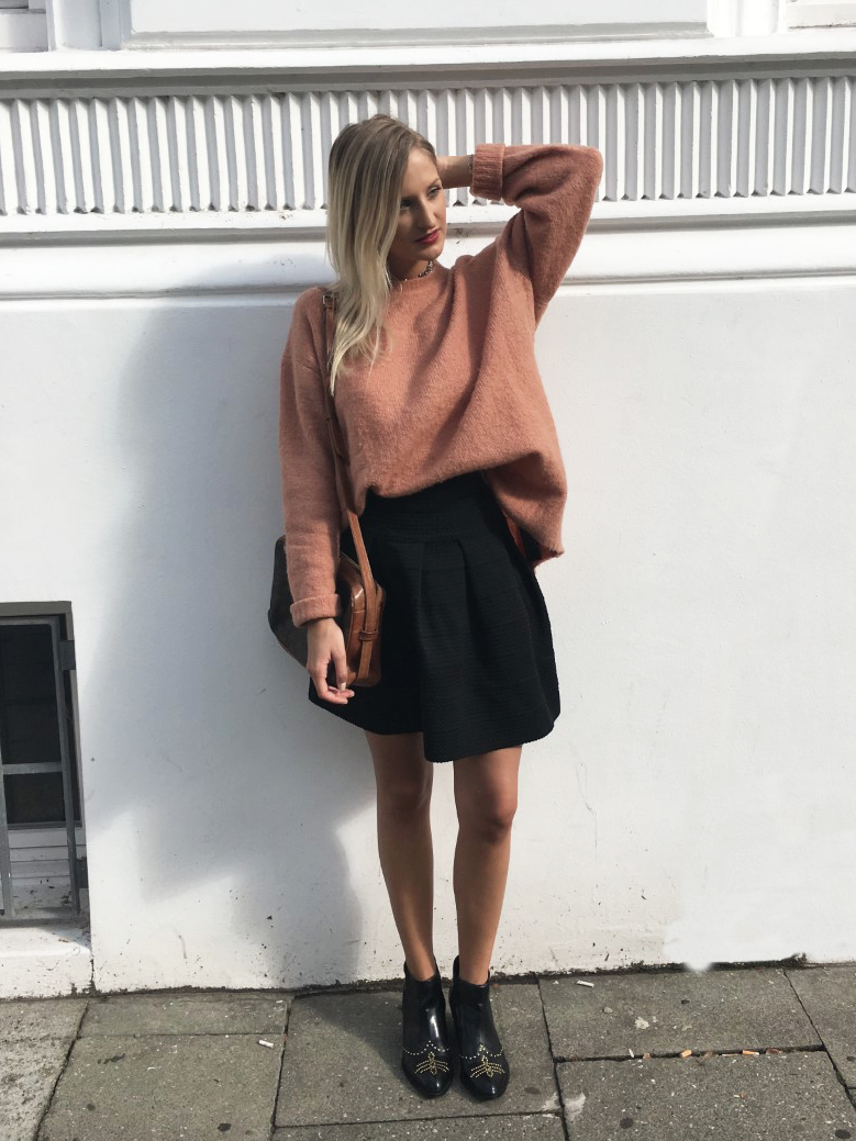 louisatheresa must have winter pullover outfit