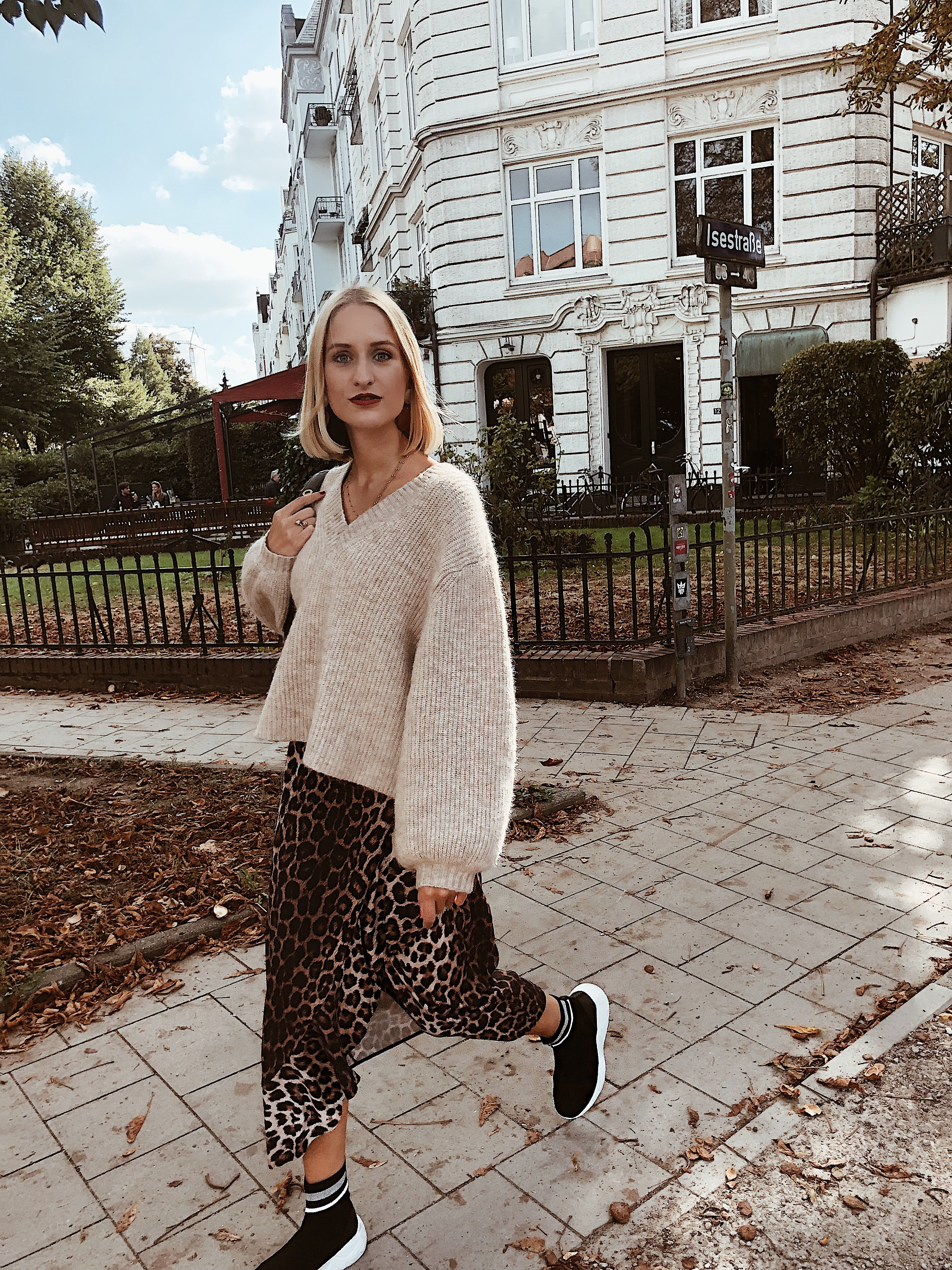 louisatheresa Herbstliebe Sock Boots Trend Outfit